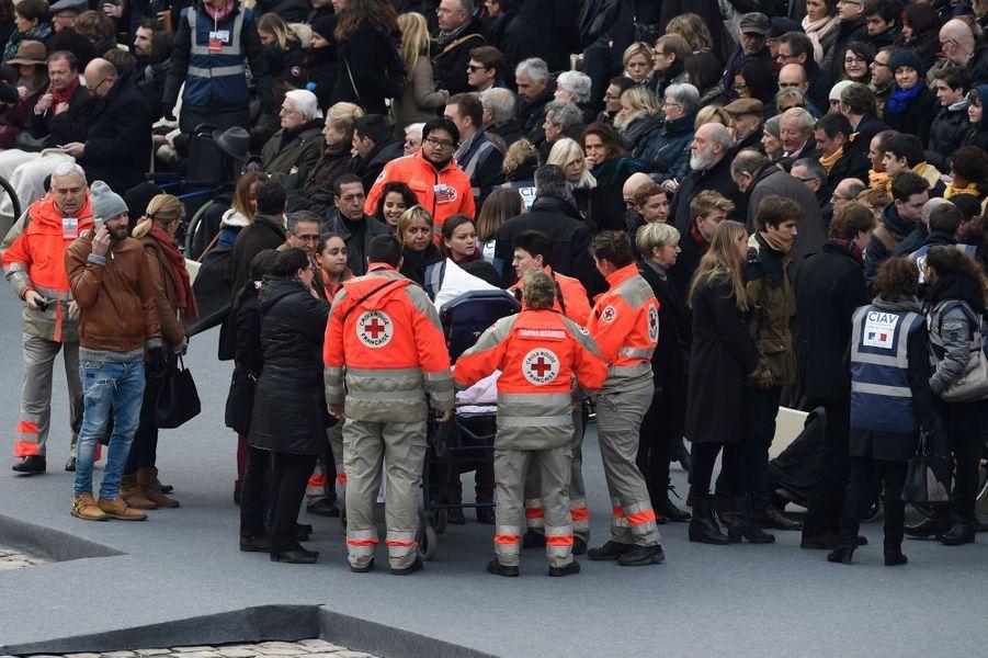 Les secours et les proches des victimes
