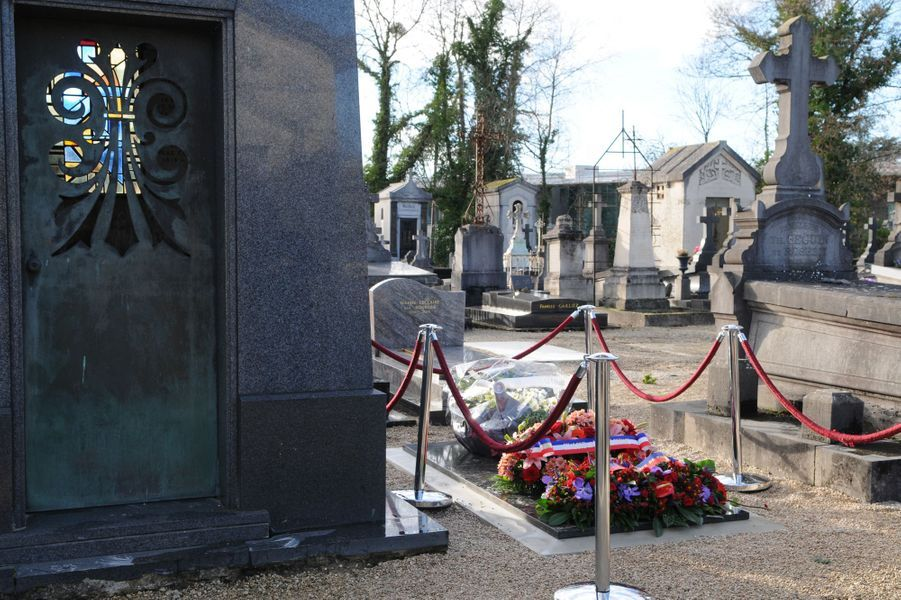 La tombe de Cabu au cimetière de Châlons en Champagne