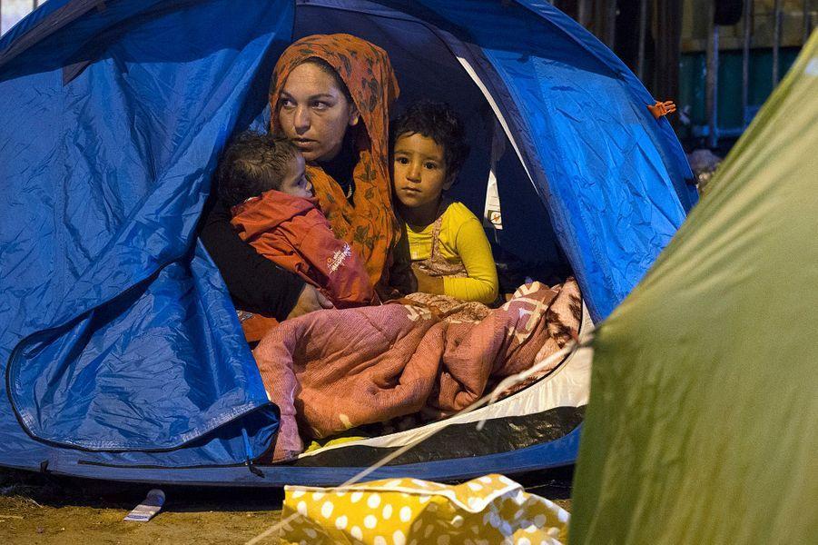 Un camp de migrants évacué porte de Saint-Ouen