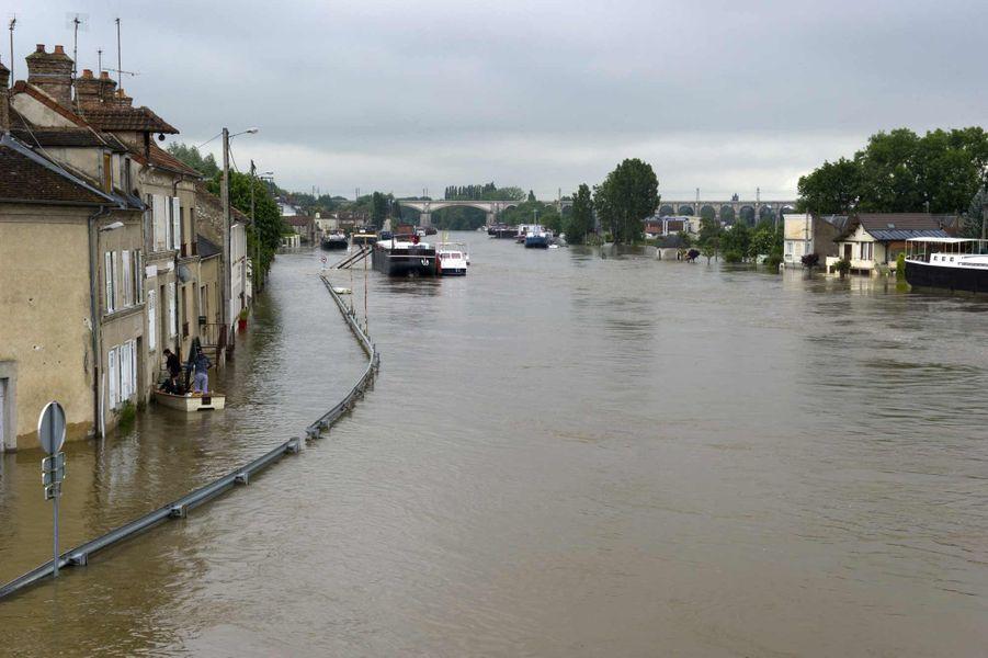 Inondation à Saint-Mammès le 3 juin 2016.