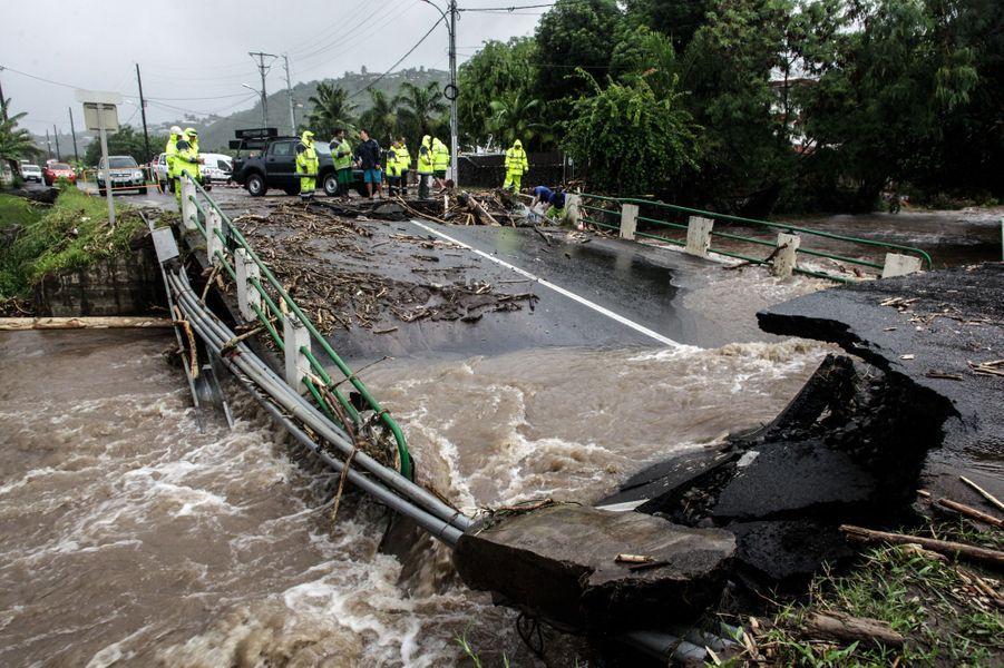 Plus de 800 habitations ont été endommagées par des intempéries à Tahiti.