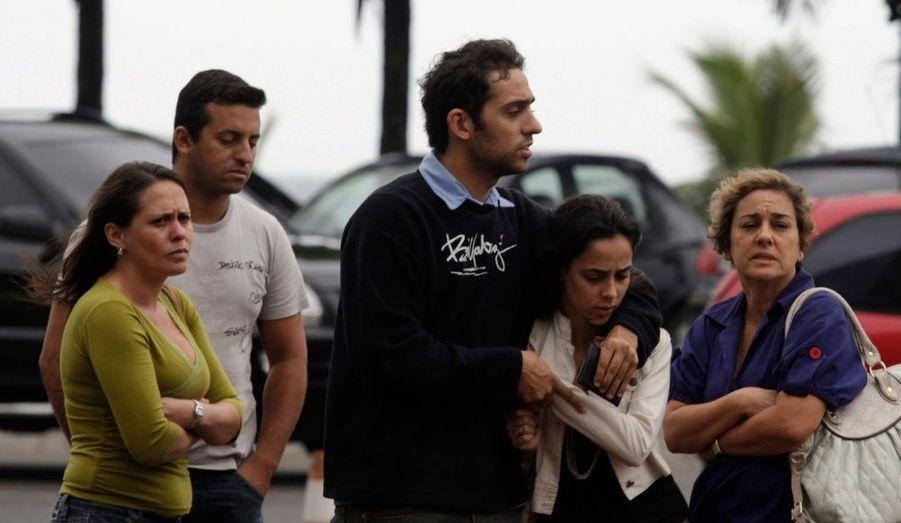 Un avion de ligne brésilien a repéré des débris à la surface de l'océan Atlantique qui pourrait provenir de l'avion AF447 d'Air France. 228 personnes sont portées disparues dont 73 Français.