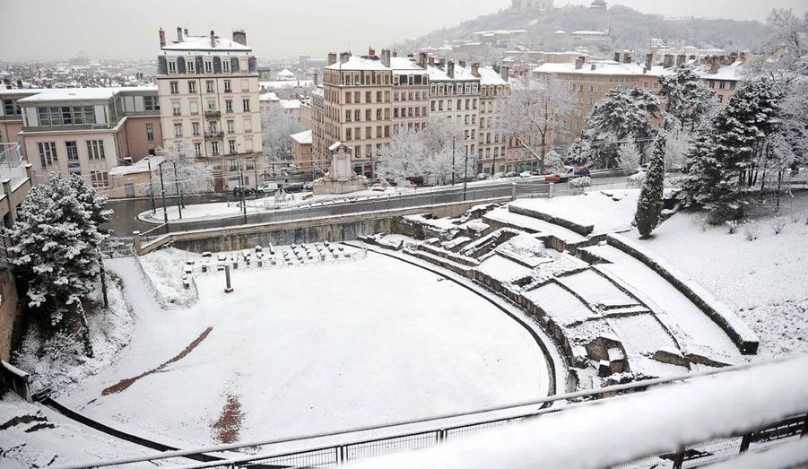 Il est tombé près de 5 centimètres de neige à Lyon dans la nuit de lundi à mardi.