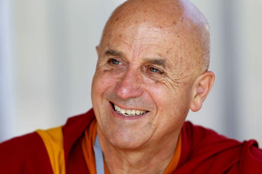 Le moine bouddhiste Matthieu Ricard, proche du dalaï lama, est nommé chevalier.