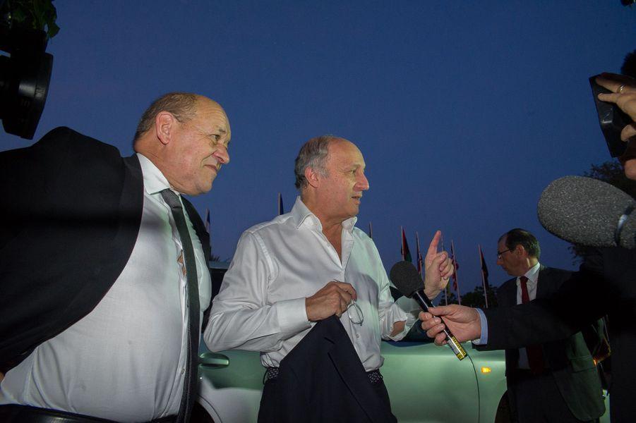 Le ministre de la Défense, Mr Le Drian et le ministre des Affaires étrangères, Mr Fabius
