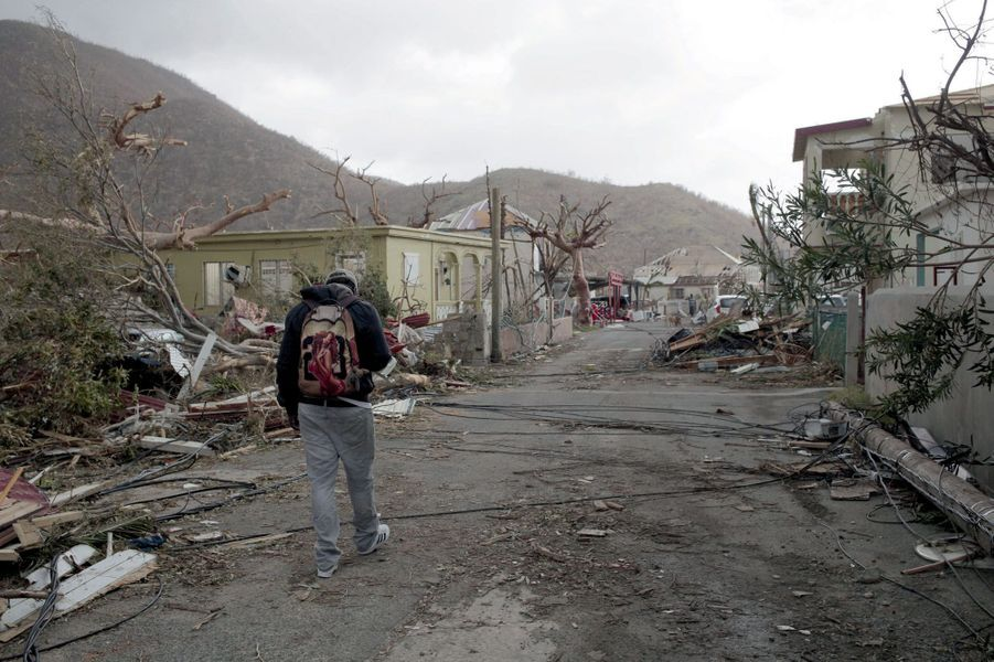 A Grand-Case, dans le nord de l'île, l'une des zones les plus touchées, le 9 septembre. Classé catégorie 5, Irma est l'ouragan le plus puissant enregistré dans l'Atlantique Nord depuis 1989.