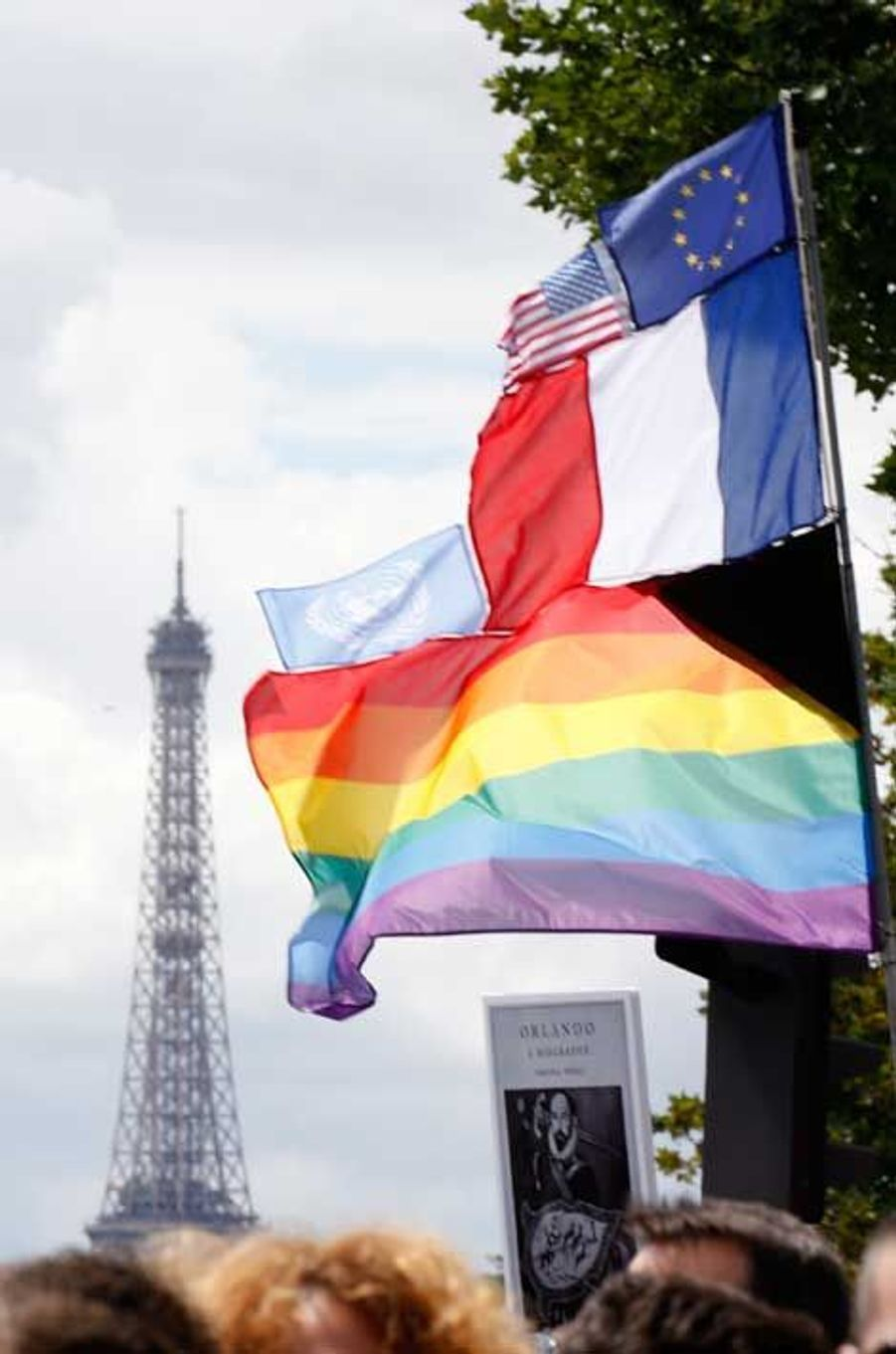 Paris: Une gay pride au goût d'Orlando