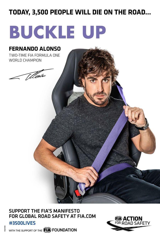 Fernando Alonso pour la campagne pour la sécurité routière lancée le 10 mars à Paris par la FIA (Fédération internationale de l'automobile) et JC Decaux
