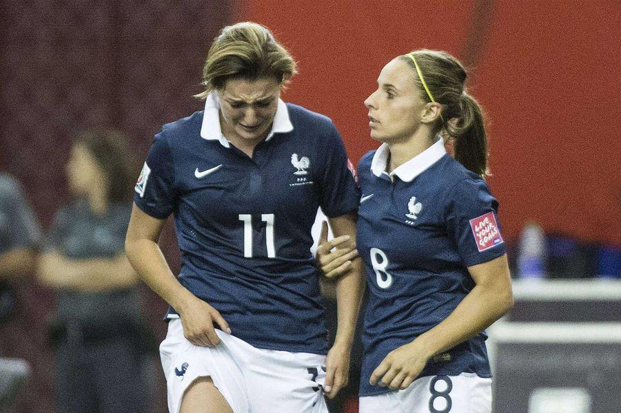 Les footballeuses Françaises inconsolables