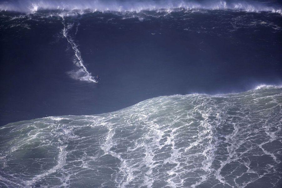 La vague de Nazaré, monstre des mers