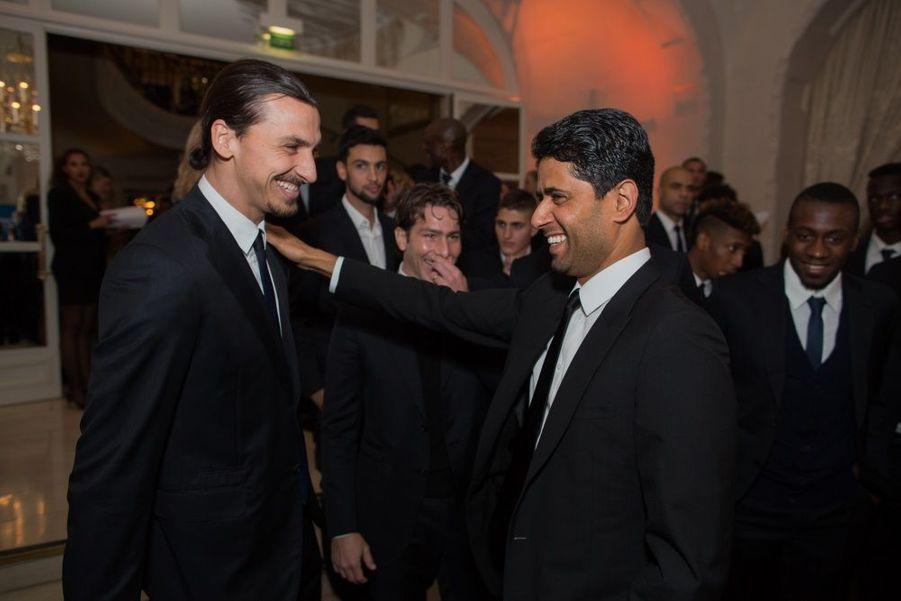 Zlatan Ibahimovic et Nasser Al-Khelaifi, devant Blaise Matuidi (à droite)