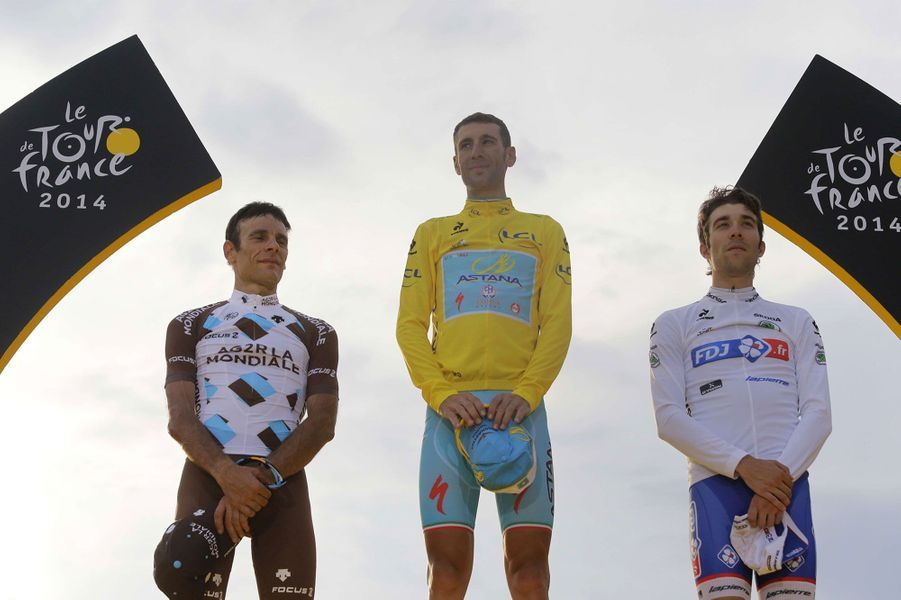 Vincenzo Nibali et les Français Jean-Christophe Péraud et Thibaut Pinot