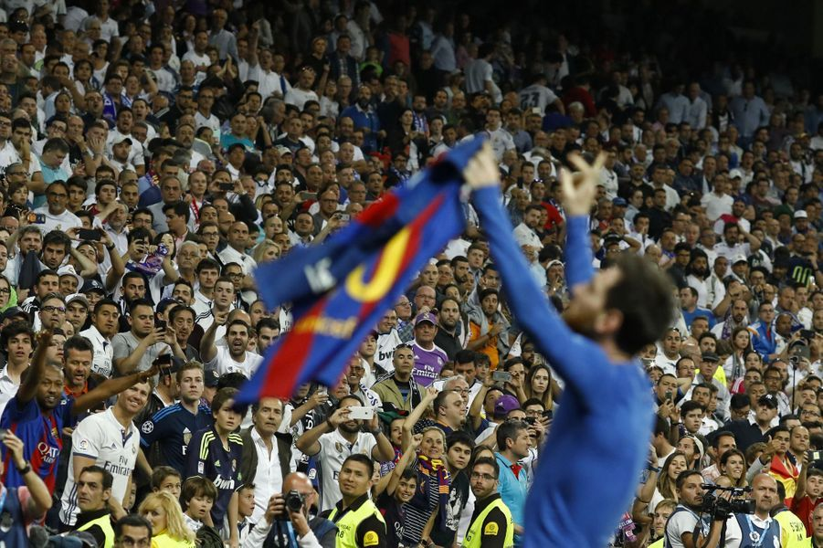 Lionel Messi célèbre son 500ème but.