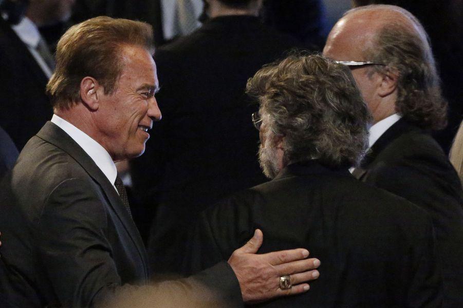 Arnold Schwarzenegger assiste à l'hommage rendu à Mohamed Ali à Louisville, le 10 juin 2016.