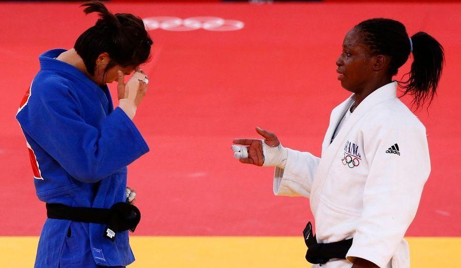 La judokate française Gevrise Emane a remporté la médaille de bronze dans sa catégorie en s'imposant à la décision face à la Sud-Coréenne Da-Woon Joung.