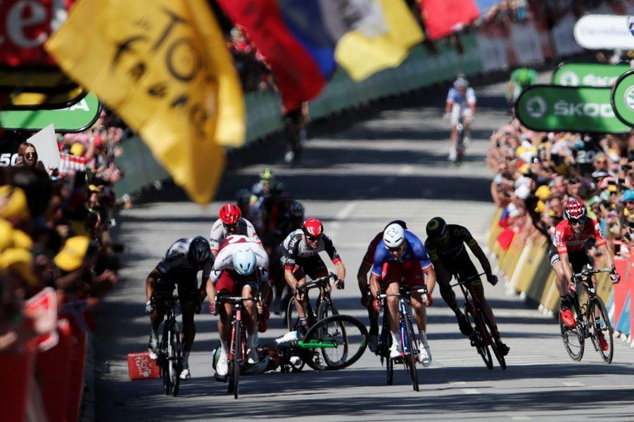 Chute dans le sprint final à Vittel, le 4 juillet.