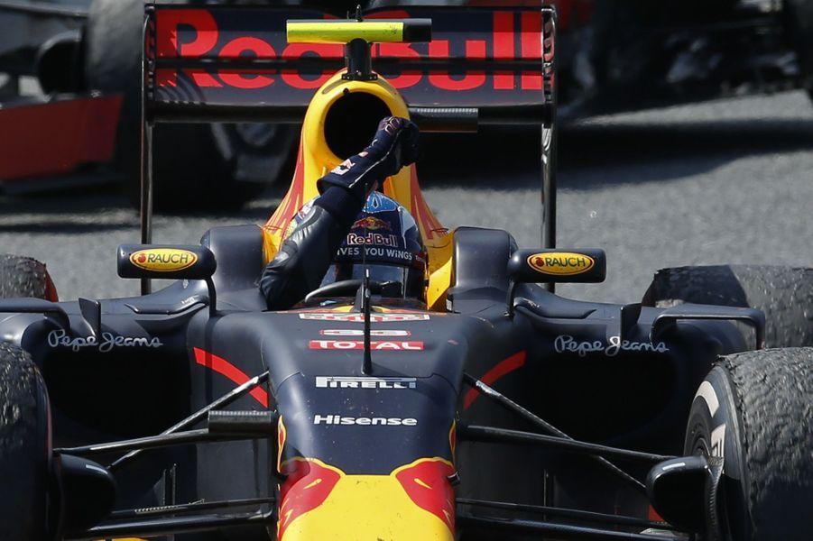 Max Verstappen, 18 ans, a remporté son premier Grand Prix de Formule 1 dimanche 15 mai 2016 en Espagne.