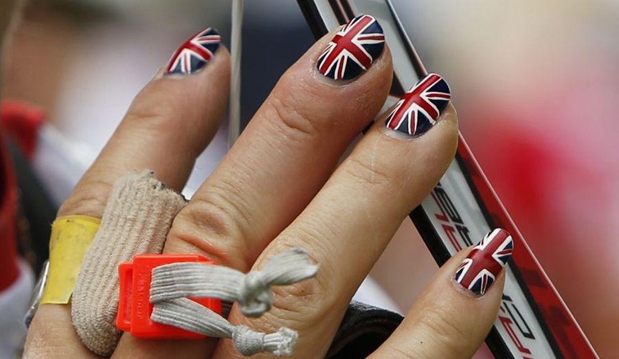 Belle jusqu'au bout des ongles pour Alison Williamson
