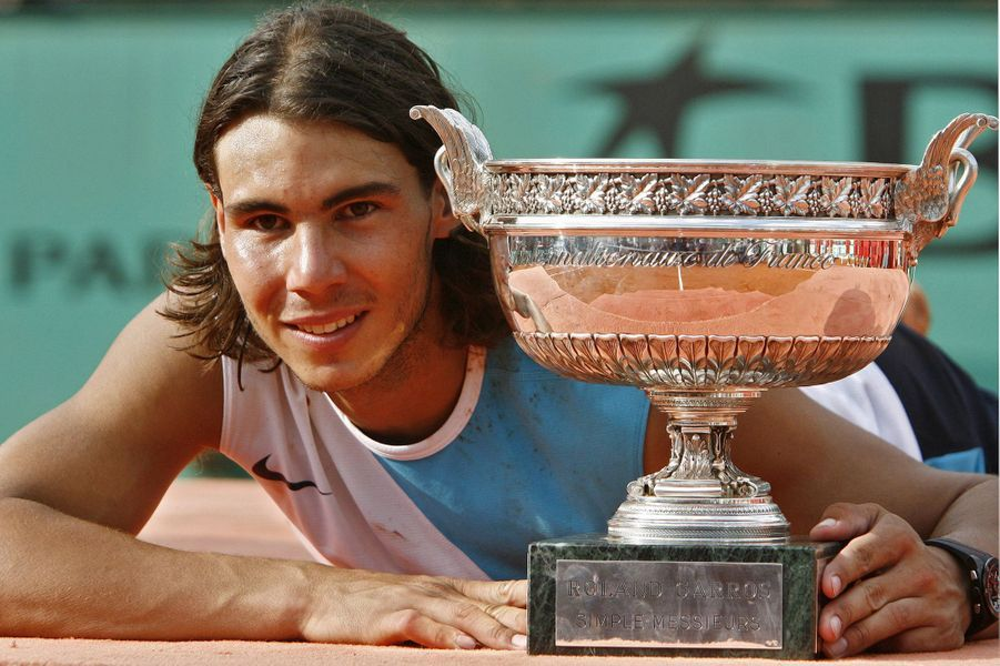 Rafael Nadal et son troisième titre à Roland-Garros, en juin 2007.