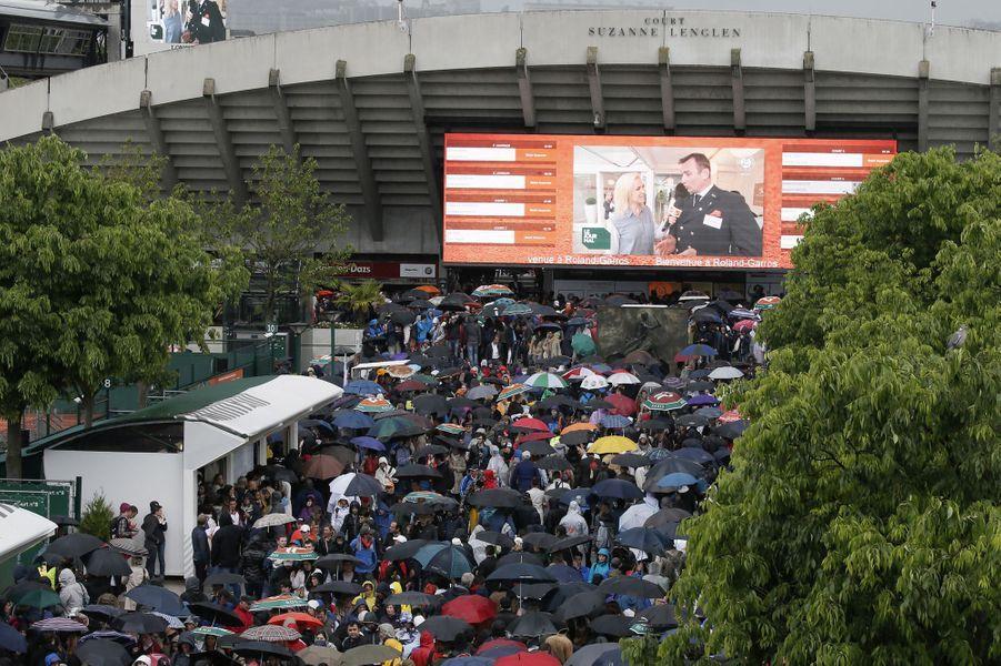 Roland Garros: un premier jour sous la pluie, le 22 mai 2016.