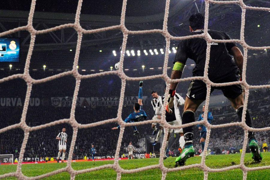 L'incroyable geste de Cristiano Ronaldo mardi soir à Turin.