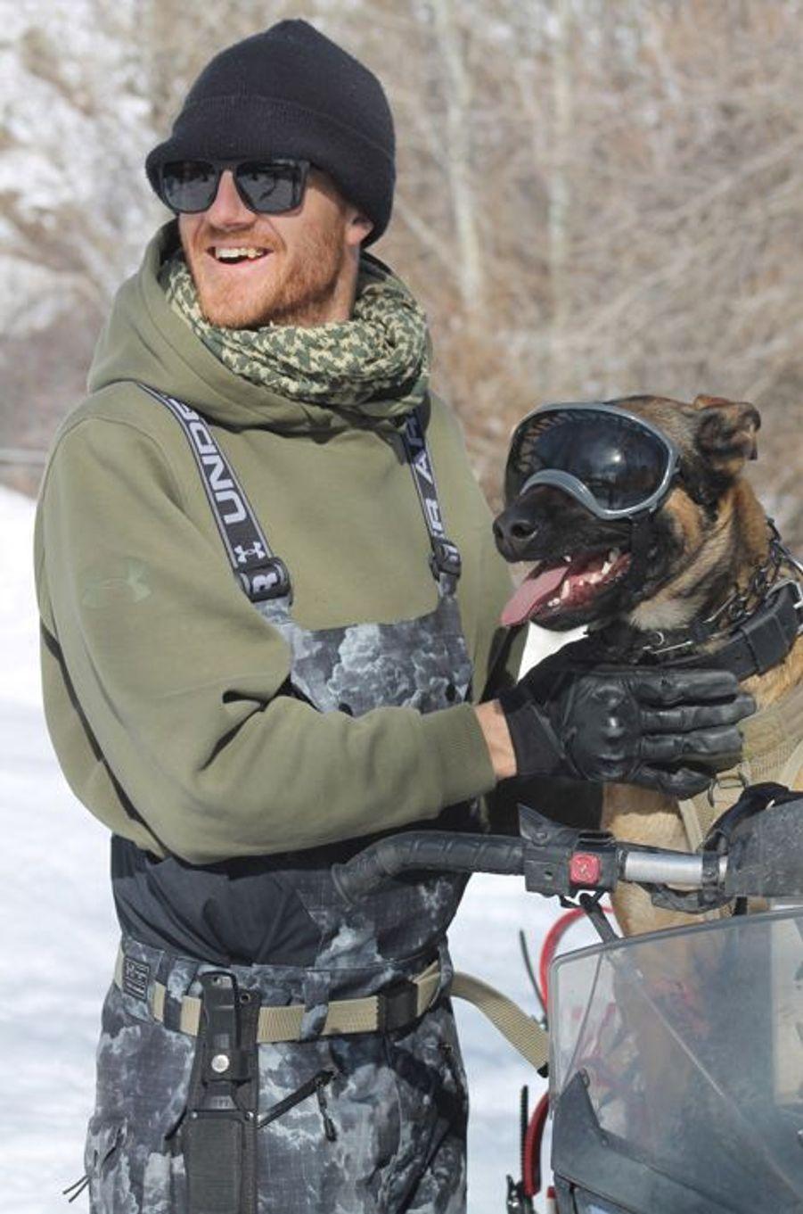 Des masques pour les chiens habitués à la neige