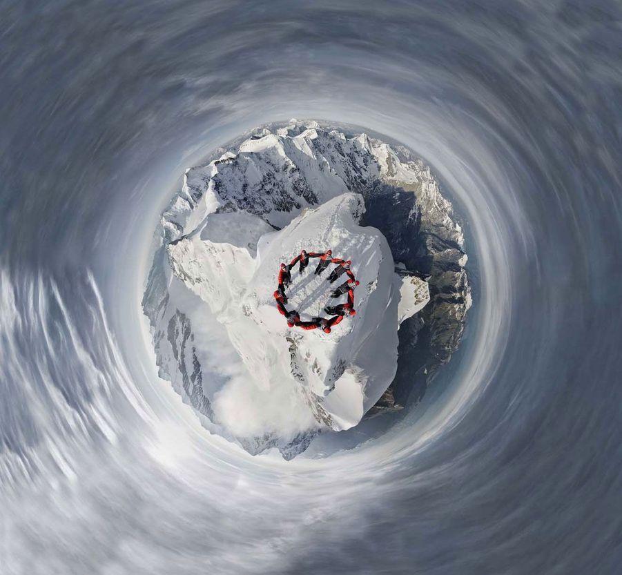 Le Suisse Robert Bösch immortalise l'ascension du Cervin