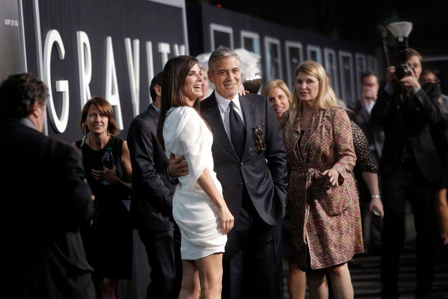 """Clooney et Bullock, complices à la première de """"Gravity"""""""