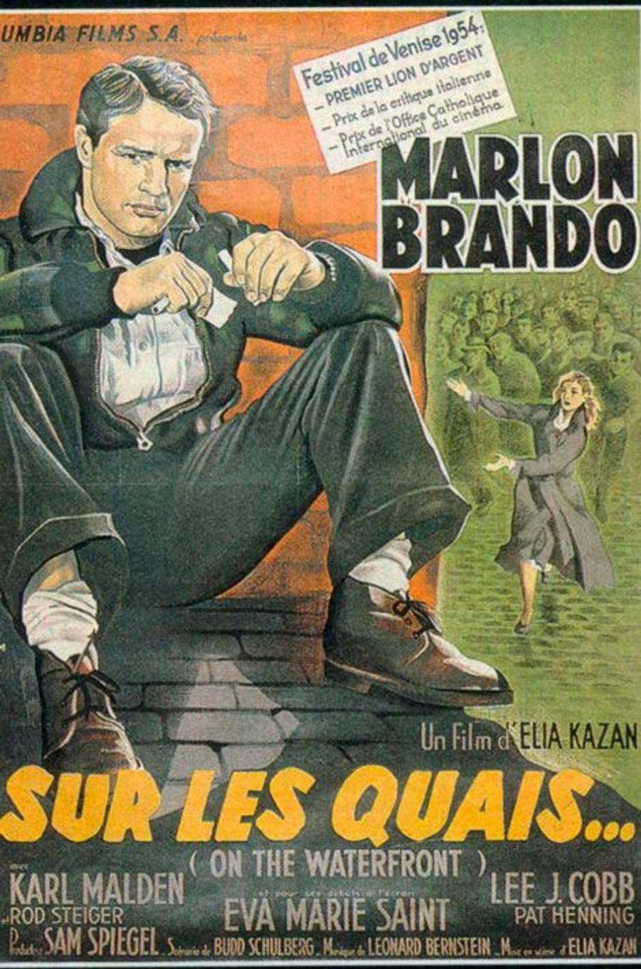 En 1954, «Sur les quais» d'Elia Kazan avec Marlon Brando avait été probablement LE film de l'année. Le long-métrage avait été récompensé par 8 Oscars dont ceux du Meilleur film, Meilleur réalisateur et Meilleur acteur.