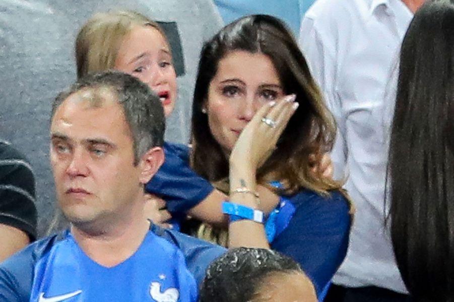 Marine Lloris en larmes après la défaite des Bleus en finale de l'Euro
