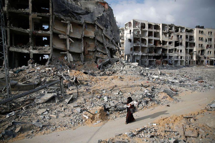 Dans Gaza en ruines