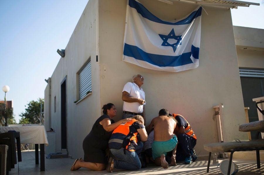 La peur des Israéliens face aux roquettes. Photo prise à Ashkelon le 21 juillet