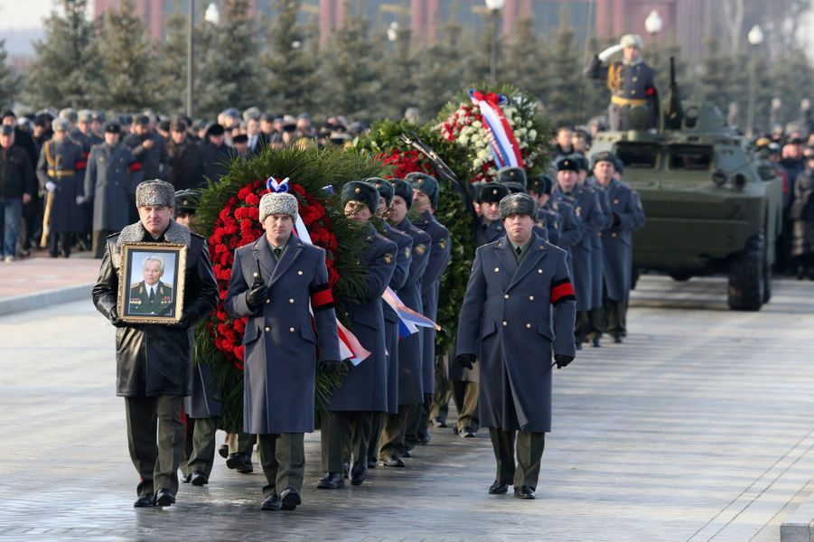 Les honneurs militaires pour Mikhail Kalachnikov