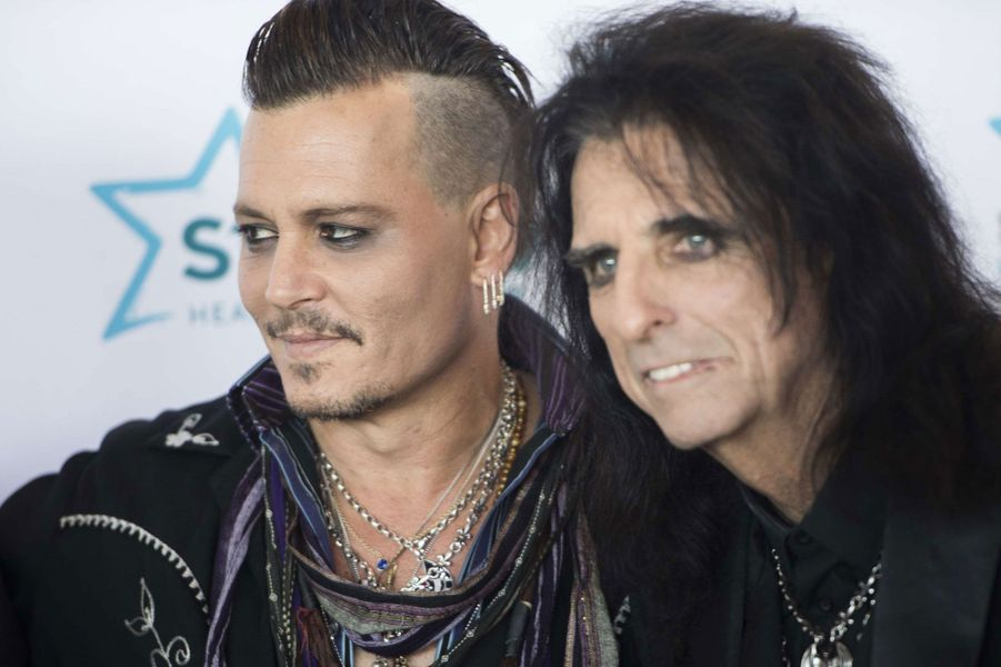 Johnny Depp et Alice Cooper au gala de charité Starkey Hearing