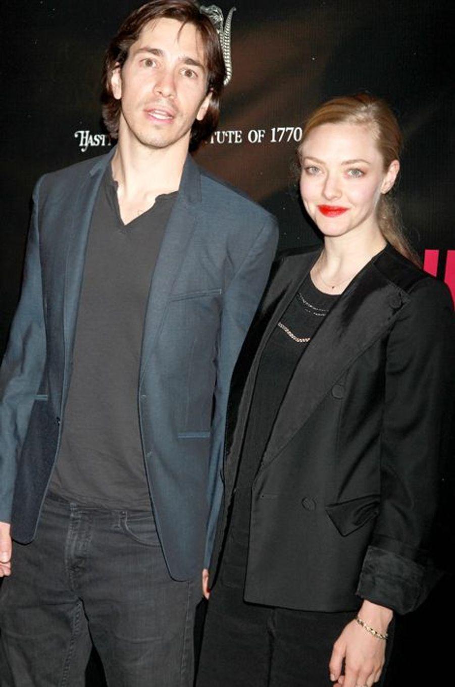 Justin Long et Amanda Seyfried, les amoureux de Broadway