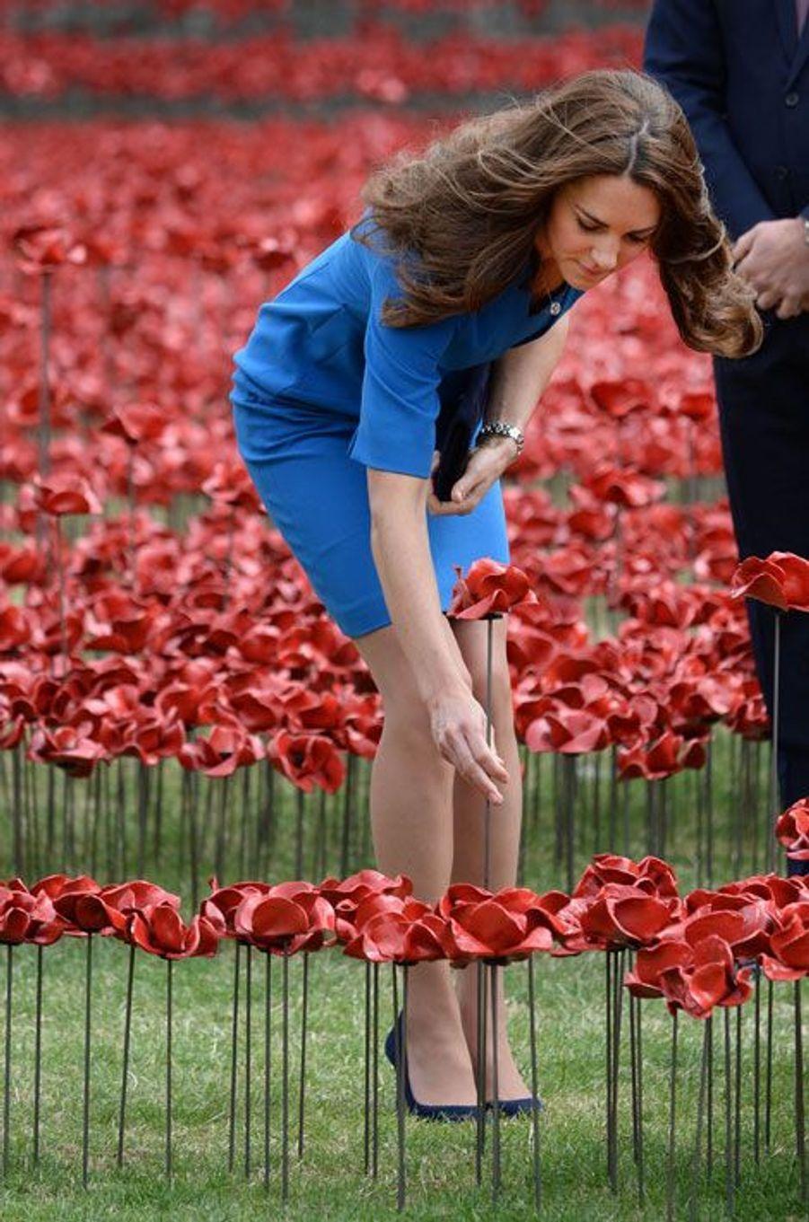 Kate et William, les fleurs du souvenir