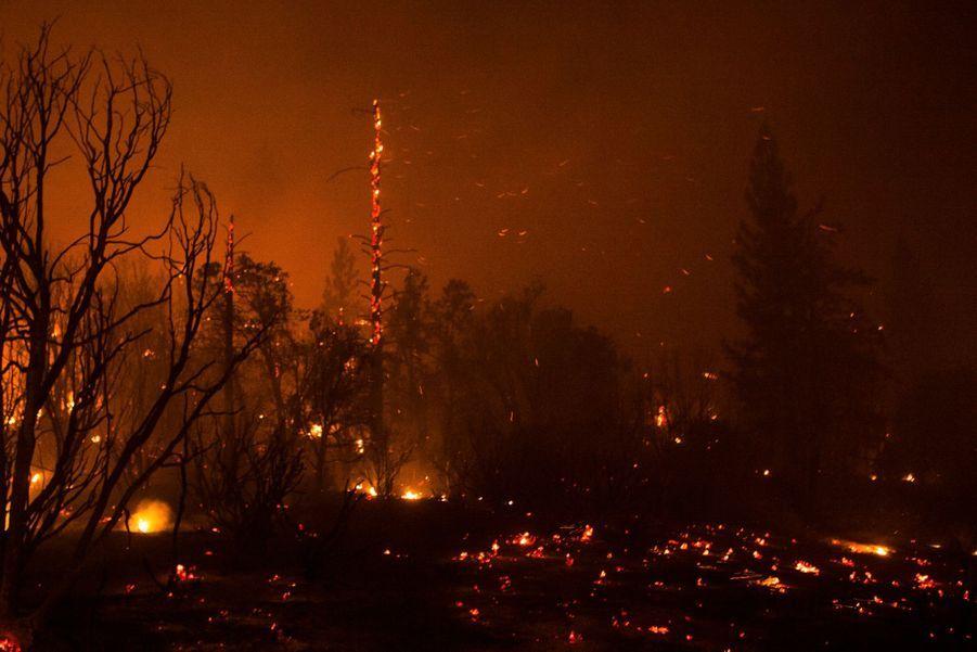 L'incendie en Californie ne se consume pas