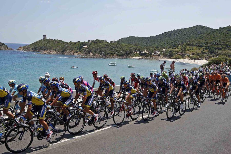 Première étape au départ de Porto-Vecchio, direction Bastia.
