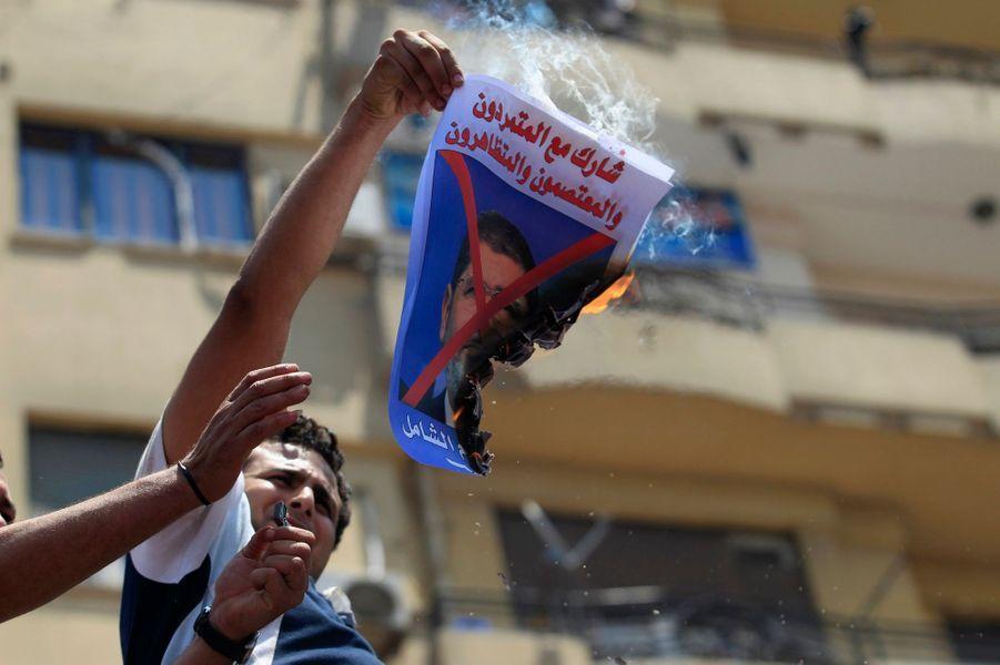 La place Tahrir se lève contre le président Morsi
