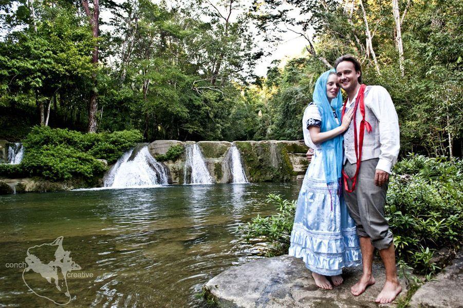 Le tour du monde des mariages pour Alex et Lisa