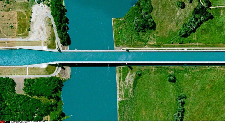 MAGDEBURG WATER BRIDGE, Allemagne