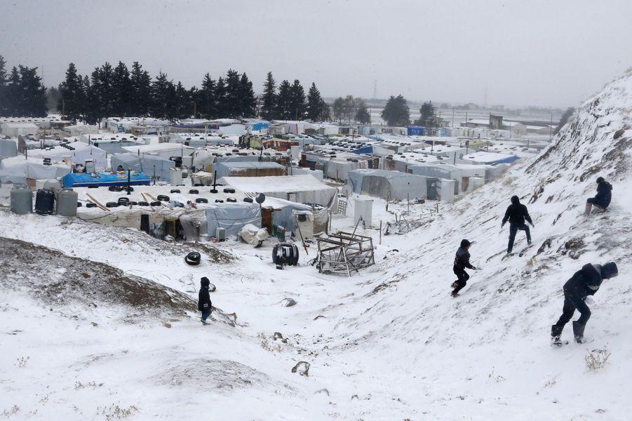Au camp de réfugiés syriens à Zahle, au Liban