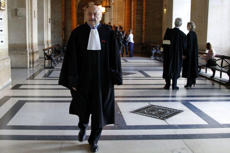L'avocat est élevé à la dignité de grand officier.