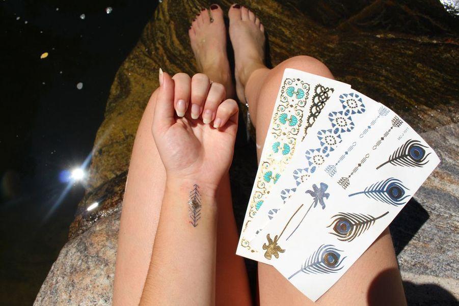 Des tatouages ultra-tendances à coller où vous le souhaitez