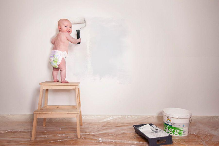 Ce photographe et publicitaire suédois réalise des images délirantes mettant en scène, notamment, des bébés dans des situations loufoques. Surson site Internet, vous pouvez découvrir quelques unes de ses oeuvres, des plus classiques aux plus créatives:http://emilmedia.se/