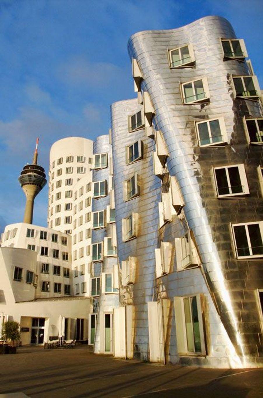 Gehry Building, Dusseldorf