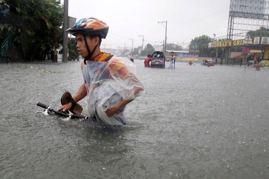 Les Philippines sous les eaux