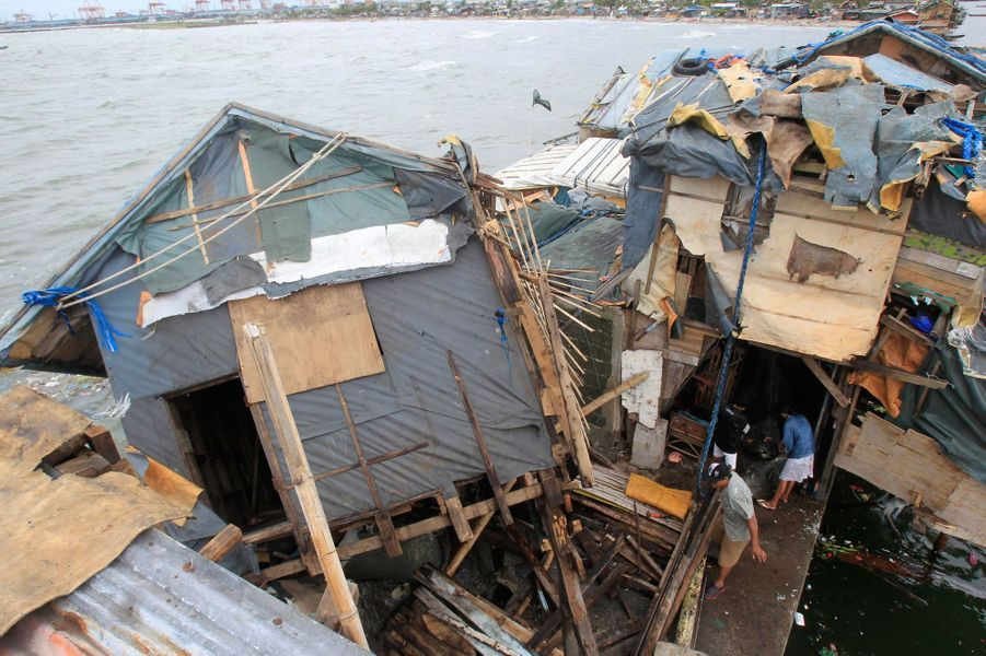 Les ravages du super-typhon Rammasun