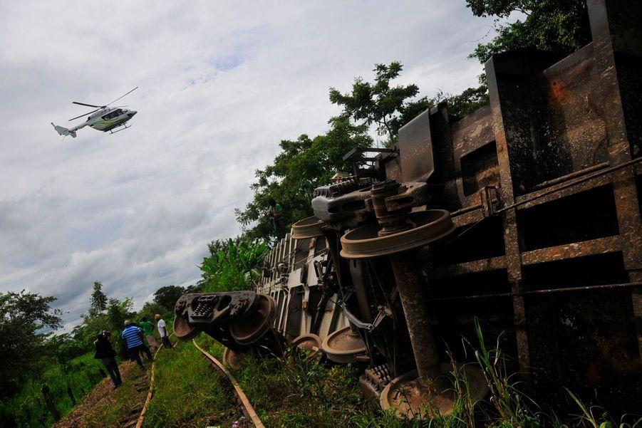 """Mexique: déraillement mortel du """"train des immigrés"""""""
