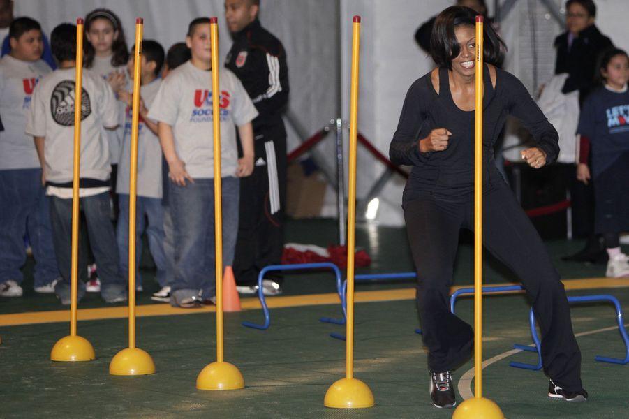5 mars 2010, slalom pour la Première Dame lors d'un événement organisé par la fondation de football américain à Washington.